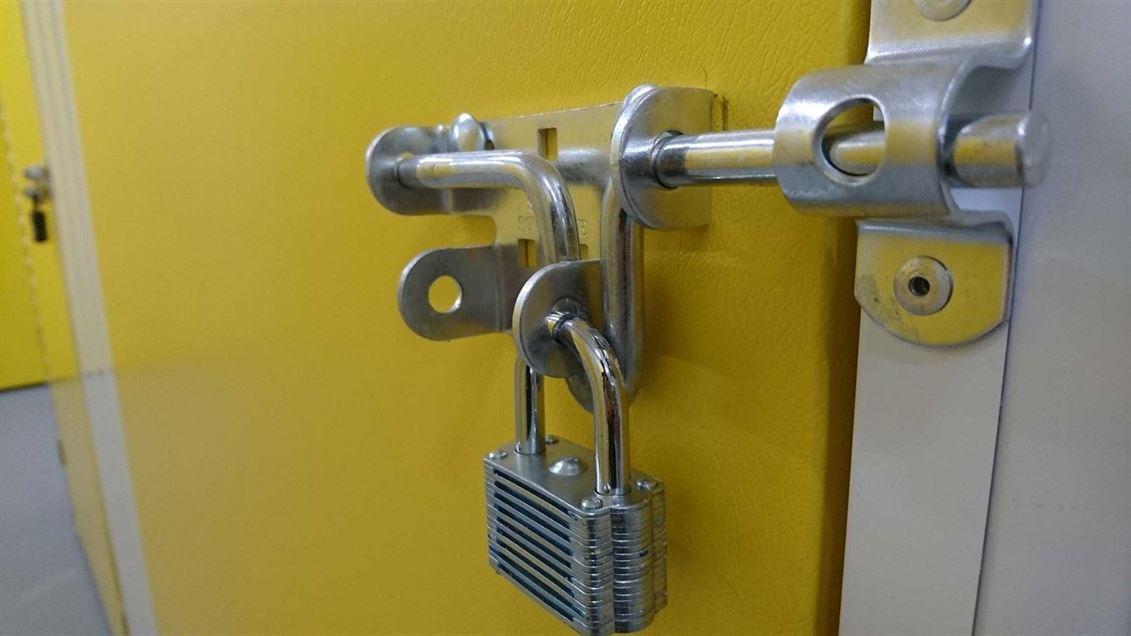 secure self storage in oxford